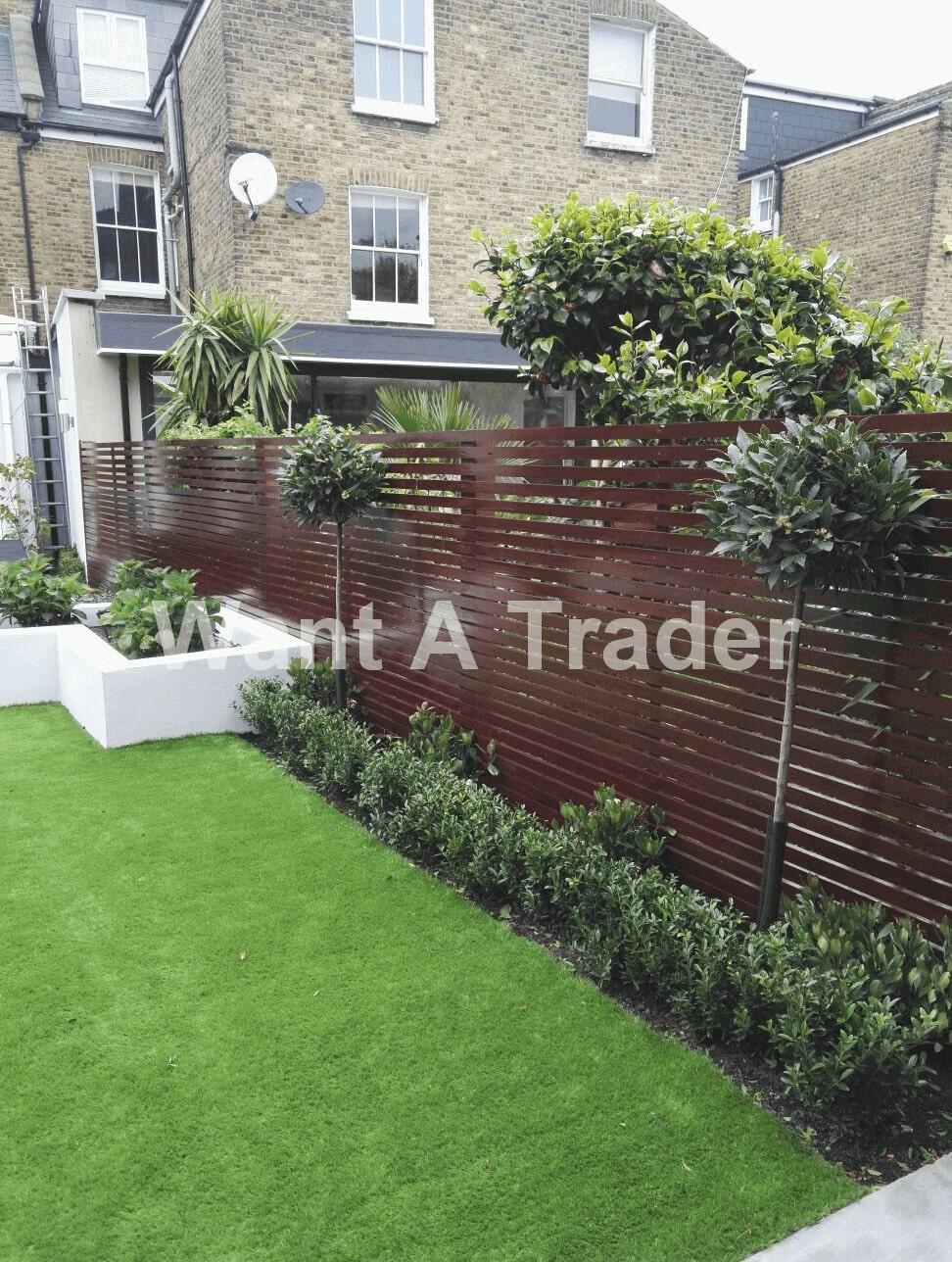 Horizontal Garden Fencing Company Croydon CR0